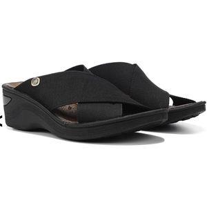 Bzees Desire Wedge Sandal Black SZ 9.5